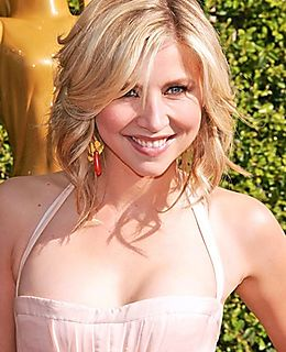 Sarah-chalke-picture-1