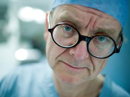 The_english_surgeon