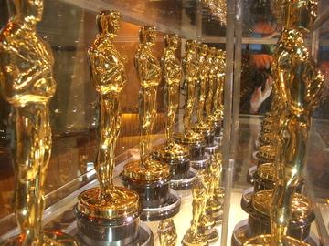 Academy_award_oscar1_2