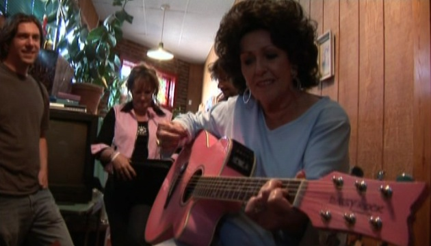 SLNV.pinkguitar